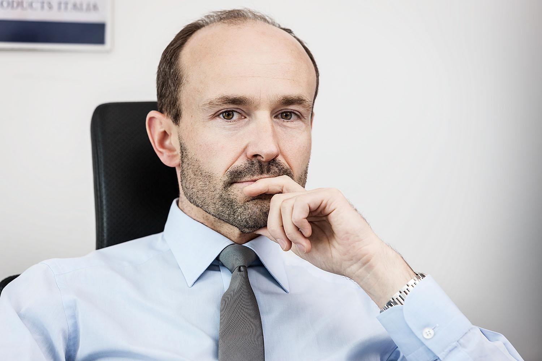 dr. mark wiume<br />brp<br />stuttgart