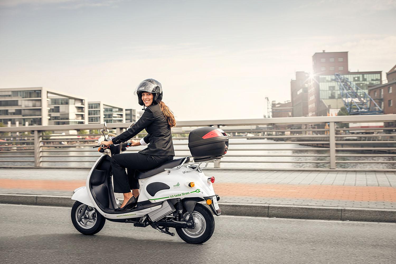 stadtwerke duisburg<br />e-mobilty broschüre<br />duisburg