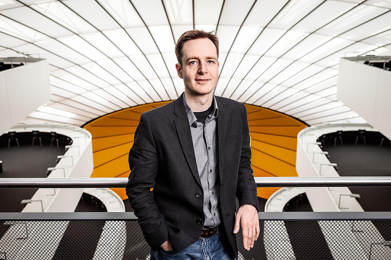 prof. dr. volker roth<br />freie universität berlin<br />bundesdruckerei<br />geschäftsbericht